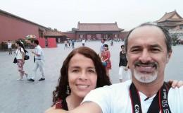 Carlos Alcántara compartió fotos de sus vacaciones en China
