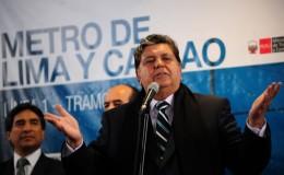 Alan García prometió reducir los