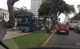 San Isidro: bus del Corredor Azul invadió ciclovía de Av. Arequipa