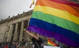 Gay chino demanda a hospital que lo intentó