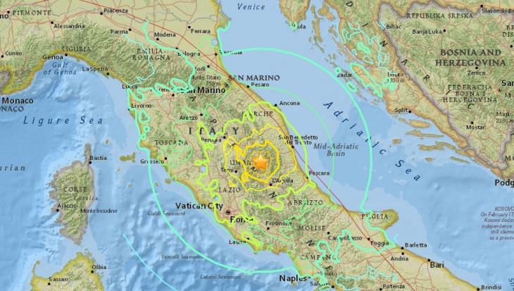 Sismo de 6,2 grados sacudió el centro de Italia