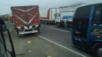 Panamericana Norte bloqueada por manifestantes que exigen puentes - Noticias de puente piedra