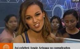 Angie Arizaga fue sorprendida por sus fans en pleno programa
