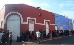 Trujillo: padres formaron largas colas para conseguir vacuna contra varicela