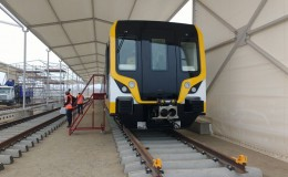 Línea 2 del metro: presentan primer tren que no necesita conductor