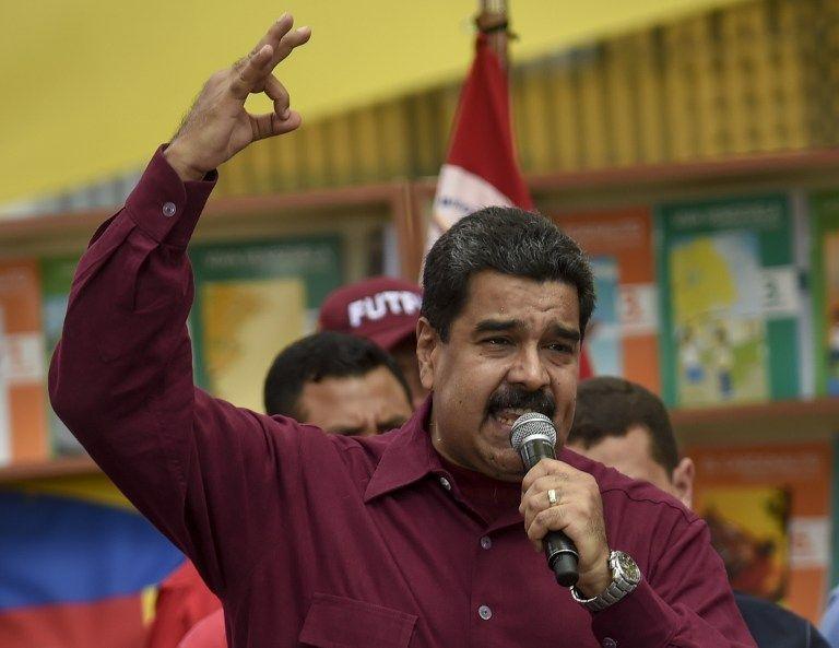 Liberan a tres presos políticos tras diálogo — Venezuela