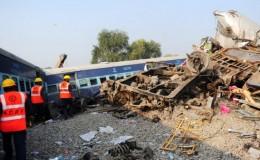India: al menos 120 muertos por accidente ferroviario