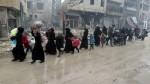 Conflicto en Siria: suspenden evacuación de civiles y se reanudan combates - Noticias de rami abdel rahman