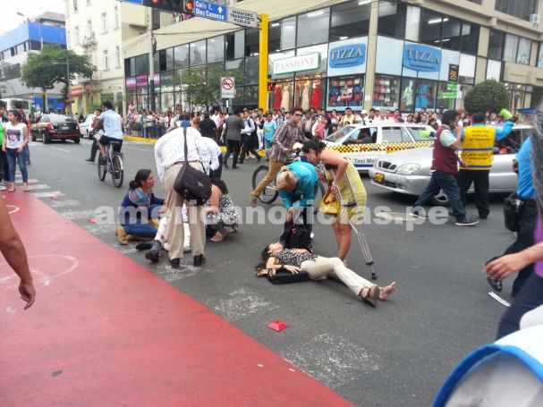 5 personas resultaron heridas tras accidente de tránsito — Miraflores