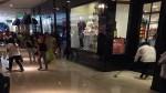 Caos en Real Plaza Salaverry por inundación tras colapso de tubería - Noticias de tommy hilfiger