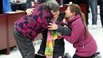 Dos mujeres logran reunirse con su madre 28 años después de ser secuestradas - Noticias de yang jiaxiang