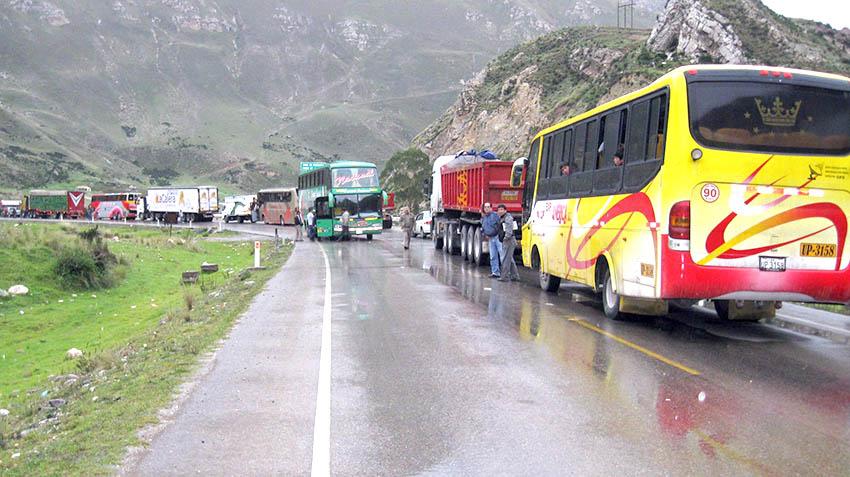 Rutas alternas en la Carretera Central. Foto: Referencial/lanoticiaveloz.com