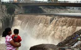 Senamhi mantiene alerta amarilla por crecida del río Rímac