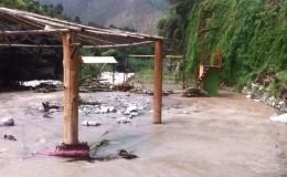 Desborde del río Santa Eulalia afecta al menos a 10 centros campestres