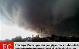 Nubes oscuras sorprendieron a residentes en Chiclayo