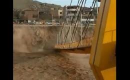 Puente Solidaridad colapsó en San Juan de Lurigancho