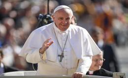 Papa Francisco: Rezo por las víctimas en Perú y por quienes les ayudan