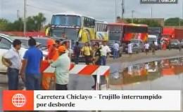 Puente que une a las regiones Chiclayo y La Libertad se vino abajo