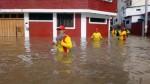 Piura: familias quedan atrapadas en los techos de sus casas por inundaciones - Noticias de richard torres