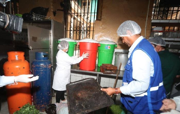 Clausuran el restaurante Cordano por funcionar en condiciones insalubres