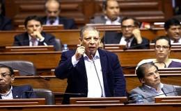 Congresistas de FA tomaron distancia de las declaraciones de Justiniano Apaza