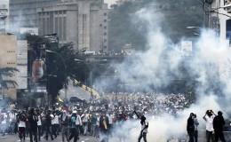 Venezuela: al menos diez muertos al participar en saqueos en Caracas