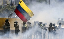 Venezuela: dos nuevas muertes elevan a 29 cifra de fallecidos en protestas