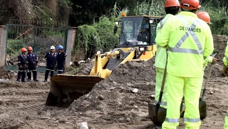 Ministro de Vivienda: Casas en zonas de riesgo no serán reconstruidas