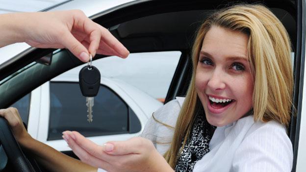 Ventajas y desventajas de comprar un auto nuevo o usado