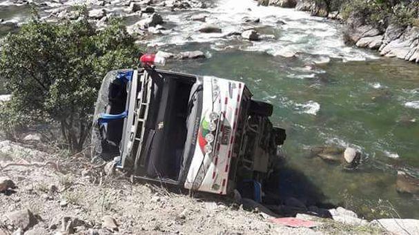 Diez muertos y 28 heridos deja accidente en Apurímac