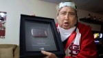YouTube premió a Tongo por superar los 100 mil suscriptores - Noticias de harry potter