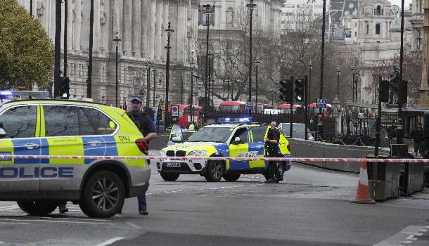 Terrorismo en Londres: Ya son 7 los muertos tras el doble ate