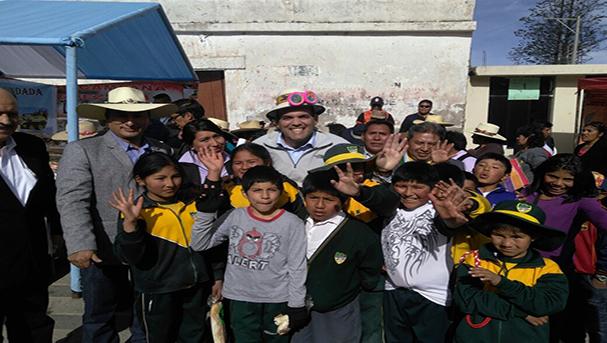 Ministros Zavala y Nieto visitan regiones para verificar labores ante heladas