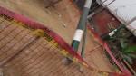 Ventanilla: poste de luz está a punto de caer sobre una vivienda - Noticias de edelnor