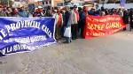 Cusco: profesores bloquearon vía de acceso al aeropuerto Velasco Astete - Noticias de velasco astete