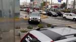 San Miguel: conductor de camioneta atravesó la vereda para evitar semáforo - Noticias de miguel leon
