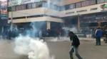 Huancayo: dispersan con bombas lacrimógenas a maestros en huelga - Noticias de #cacerolazo