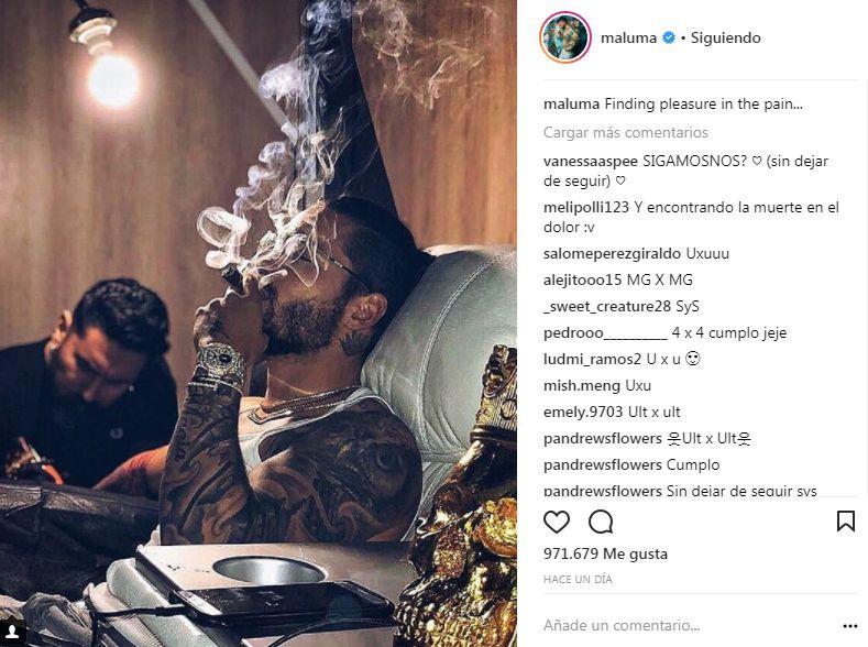 Maluma se hizo tatuaje con artista peruano
