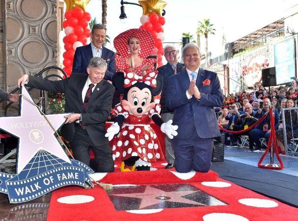Minnie Mouse estrella en el Paseo de la Fama de Hollywood